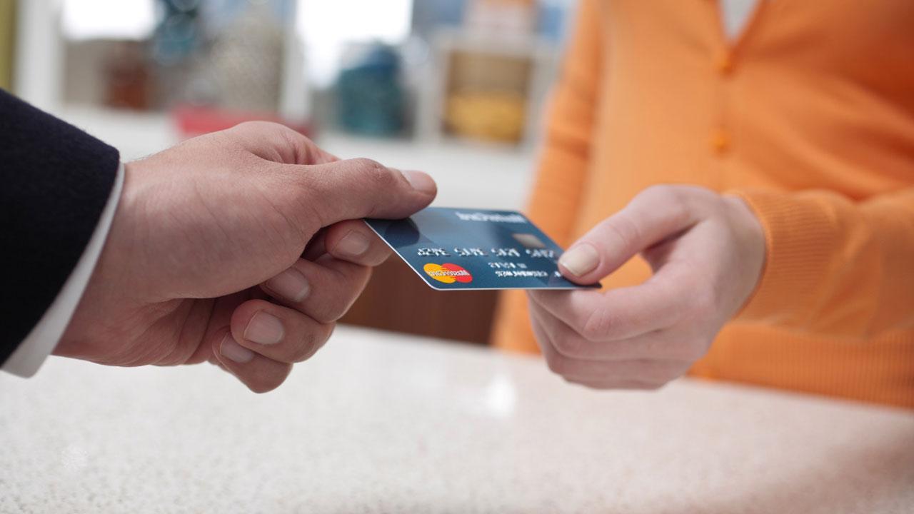 ใช้งานบัตรเครดิตอย่างไรให้ปลอดภัย